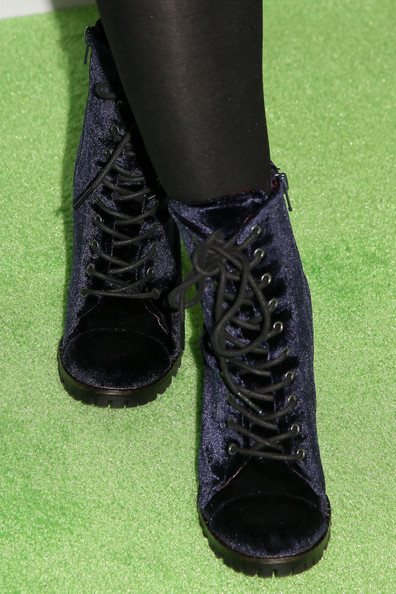 Opening Night of 'Wicked' in Hollywood [wicked,footwear,black,shoe,boot,green,fashion,leg,ankle,leather,human leg,jillian rose reed,carpet,fashion detail,pantages theatre,hollywood,california,night ``green carpet for wicked at hollywood pantages theatre]