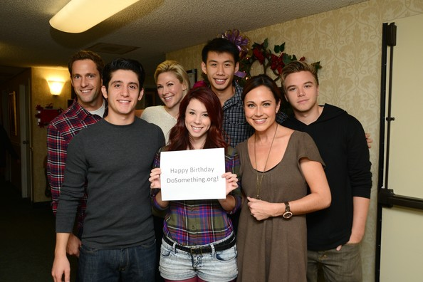 "Cast Of ""Awkward,"" Led By Jillian Rose Reed, And DoSomething.org Get Grandparents Wired"
