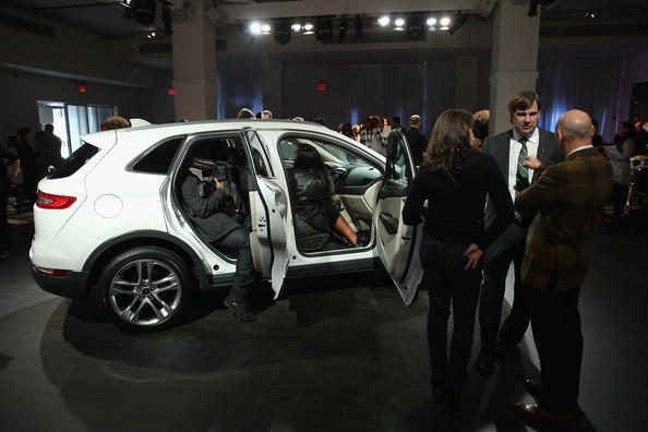 Jim farley pictures lincoln motor company mkc reveal 11 for Lincoln motor company news
