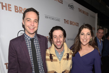 Jim Parsons Mayim Bialik Premiere of Sony Pictures Classics' 'The Bronze' - Red Carpet