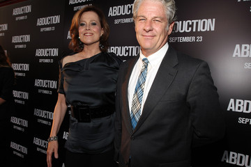 "Jim Simpson Premiere Of Lionsgate Films' ""Abduction"" - Red Carpet"