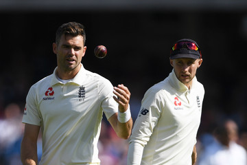 Jimmy Anderson England vs. India: Specsavers 5th Test - Day Three