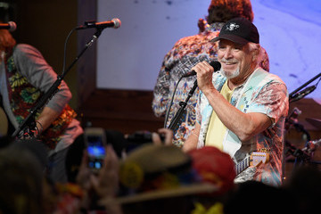 Jimmy Buffett Universal Studios Hollywood Toasted The Arrival Of Jimmy Buffett's Margaritaville Restaurant To Universal CityWalk