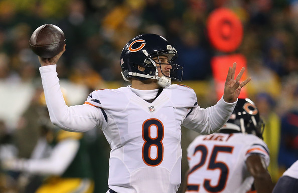 http://www1.pictures.zimbio.com/gi/Jimmy+Clausen+Chicago+Bears+v+Green+Bay+Packers+p24o3lY5_T2l.jpg