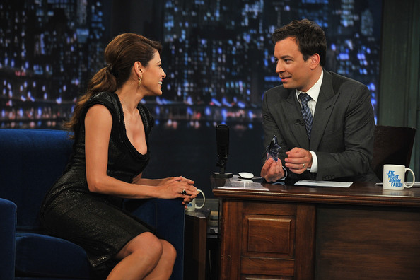 "Jimmy Fallon Eva Mendes visits ""Late Night with Jimmy Fallon"" at Rockefeller Center on April 29, 2011 in New York City."