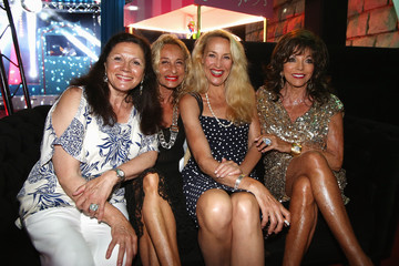 Joan Collins Jerry Hall Denise Rich Hosts a Party in St. Tropez