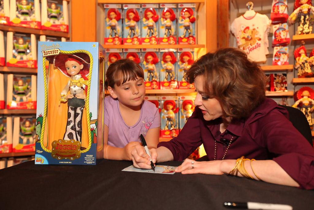 Joan Buttercup >> Joan Cusack Unveils Disney Store's Jessie Doll to Celebrate TOY STORY 3 - Zimbio