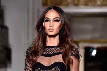 Joan Smalls Versace : Runway - Paris Fashion Week - Haute Couture S/S 2015