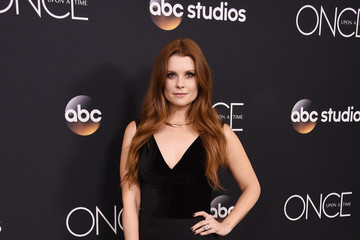 Joanna Garcia-Swisher Stars Attend The 'Once Upon A Time' Series Finale Screening