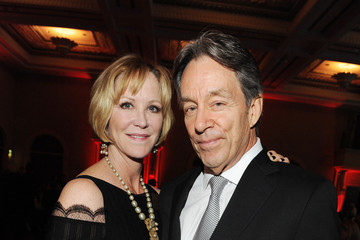 Joanna Kerns Santa Barbara Wine Auction 2014: A Benefit For Direct Relief