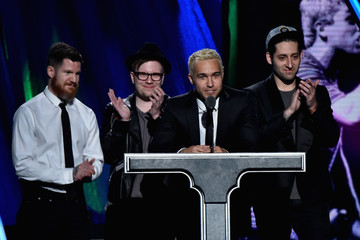 Joe Trohman Andy Hurley 30th Annual Rock And Roll Hall Of Fame Induction Ceremony - Show