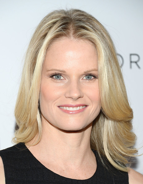 joelle carter measurements