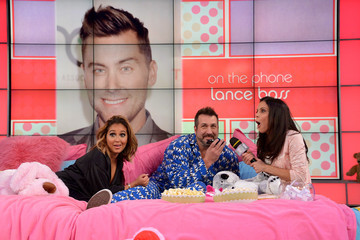 Joey Fatone Bethenny Hosts a Pajama Party
