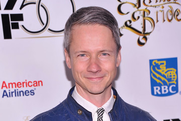 john cameron mitchell girlfriendjohn cameron mitchell 2015, john cameron mitchell height, john cameron mitchell viktor nikiforov, john cameron mitchell podcast, john cameron mitchell sugar daddy, john cameron mitchell 2013, john cameron mitchell interview, john cameron mitchell wiki, john cameron mitchell origin of love, john cameron mitchell виктор никифоров, john cameron mitchell instagram, john cameron mitchell hedwig, john cameron mitchell 2016, john cameron mitchell husband, john cameron mitchell girlfriend, john cameron mitchell hedwig broadway, john cameron mitchell married