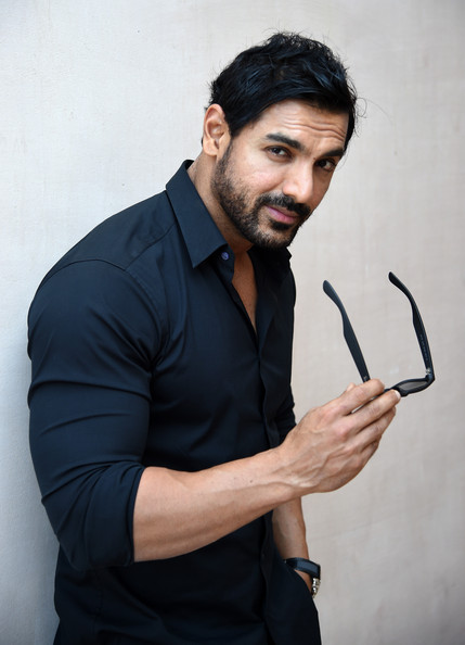 who is john abraham dating Considering how most of indian men especially from small cities behave , i can't fully blame the girls i mean, let's face it guys indian men suck at approaching and talking to a woman even john abraham admitted this in one of his interviews no matter where you're, most of indian men will ogle the girl, pass comments.