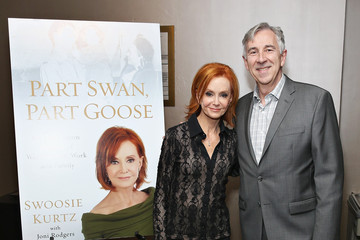 "John Duff Swoosie Kurtz Reads From Her New Book ""Part Swan, Part Goose: An Uncommon Memoir Of Womanhood, Work, And Family"""