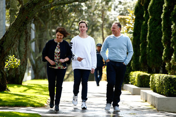 John Key Bronagh Key New Zealanders Head To The Polls To Vote In General Election