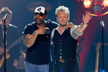 John Mellencamp CMT Crossroads: John Mellencamp And Darius Rucker