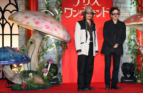 Johnny Depp Alice In Wonderland Pictures. Johnny Depp and Tim Burton