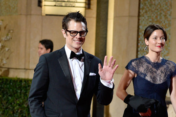Johnny Knoxville Stars Leave the Academy Awards