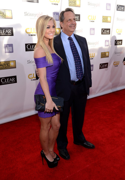 Jon Lovitz Photos Photos - 18th Annual Critics' Choice Movie