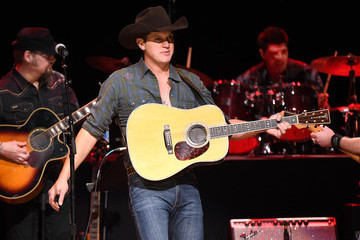 Jon Pardi C'Ya On The Flipside Benefit Concert! To Benefit The Troy Gentry Foundation