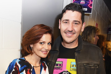 Jonathan Knight iHeart80s Party 2017 -  Backstage