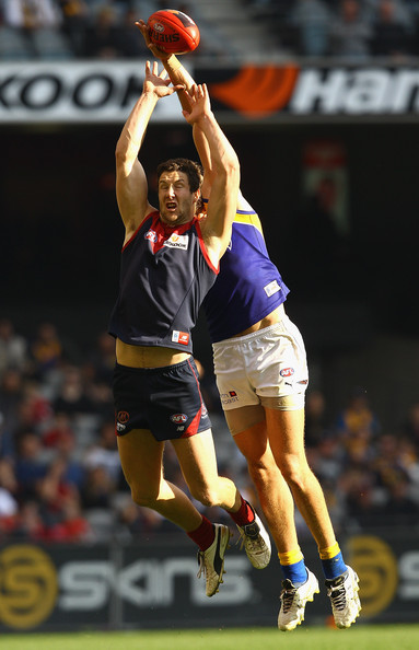 - Josh Kennedy James Frawley AFL Rd 21 Melbourne ocrybrjphLnl