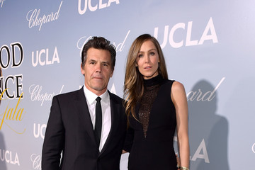 Josh Brolin UCLA IoES Honors Barbra Streisand And Gisele Bundchen At The 2019 Hollywood For Science Gala