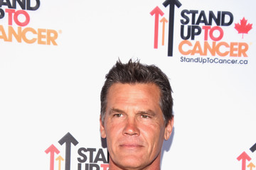 Josh Brolin Stand Up To Cancer Marks 10 Years Of Impact In Cancer Research At Biennial Telecast - Arrivals