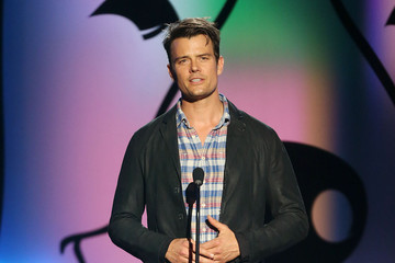 Josh Duhamel Fox's Cause For Paws: An All-Star Dog Spectacular - Show