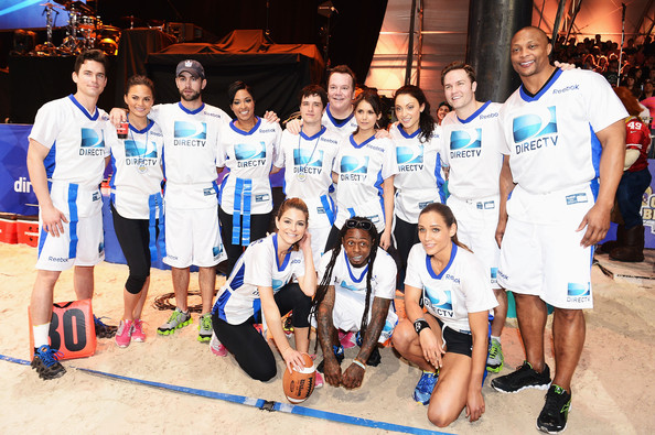 DIRECTV'S Seventh Annual Celebrity Beach Bowl - Game [team,social group,team sport,sports,event,competition,recreation,competition event,leisure,championship,chace crawford,christine teigen,matthew bomer,leah gibson,scott porter,game,top l-r,bottom l-r,directv,seventh annual celebrity beach bowl]
