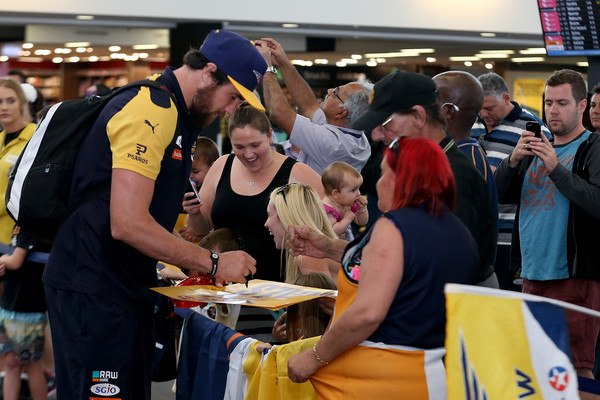 West Coast Eagles Depart for Melbourne