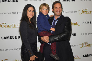 Josh Lucas Disney With The Cinema Society & Samsung Host a Screening of 'The Jungle Book' - Arrivals