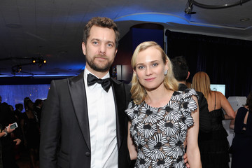 Joshua Jackson InStyle and Warner Bros. Golden Globes Party