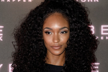 Jourdan Dunn Maybelline Bring on the Night Party