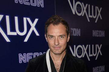 Jude Law Premiere Of Neon's 'Vox Lux' - Red Carpet