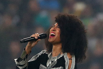 Judith Hill Seattle Seahawks vs. Oakland Raiders
