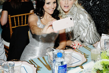 Julia Louis-Dreyfus FIJI Water At The Fifth Annual InStyle Awards