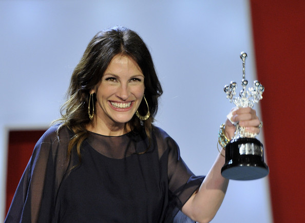 Actress Julia Roberts, wearing Van Cleef & Arpels, receives the Donosti Lifetime Achievement Award during the 58th San Sebastian International Film Festival at the Kursaal Palace on September 20, 2010 in San Sebastian, Spain.