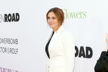 Julia Roberts Open Roads World Premiere of 'Mother's Day' - Arrivals