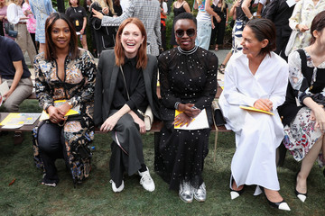 Julianne Moore Tory Burch Spring Summer 2019 Fashion Show - Front Row
