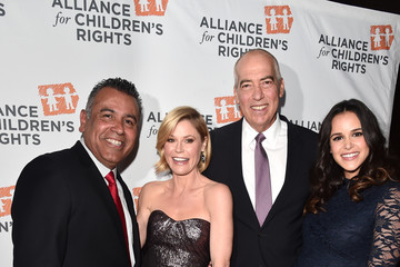 Julie Bowen Alliance For Children's Rights' 24th Annual Dinner - Arrivals