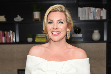 June Diane Raphael June Diane Raphael Celebrates New Book 'Represent The Woman's Guide To Running For Office And Changing The World'