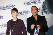 Nikos Aliagas and Justin Bieber Photos Photo