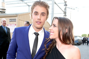 Justin Bieber Pattie Mallette The Comedy Central Roast Of Justin Bieber - Backstage And Audience