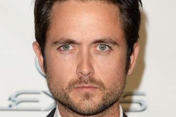 Justin Chatwin 23rd Annual Environmental Media Awards Presented By Toyota And Lexus - Green Carpet
