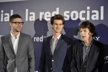 Justin Timberlake Jesse Eisenberg Justin Timberlake Attends 'The Social Network' Photocall in Madrid