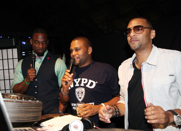 NY Giants Justin Tuck 4th Annual Celebrity Billiards Tournament