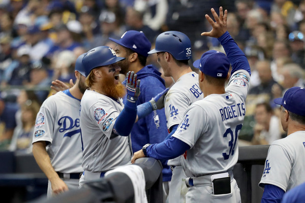 Justin Turner and Cody Bellinger Photos - 1 of 25